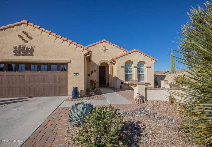 779 N Lukeville Drive, Green Valley, AZ 85614