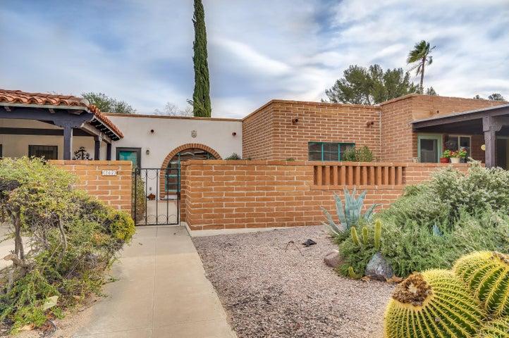 267 S Paseo Seco, Green Valley, AZ 85614