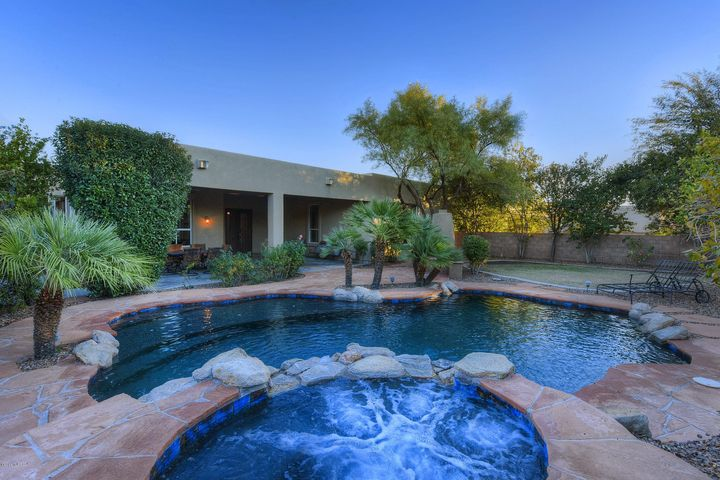 13175 N Booming Drive, Oro Valley, AZ 85755