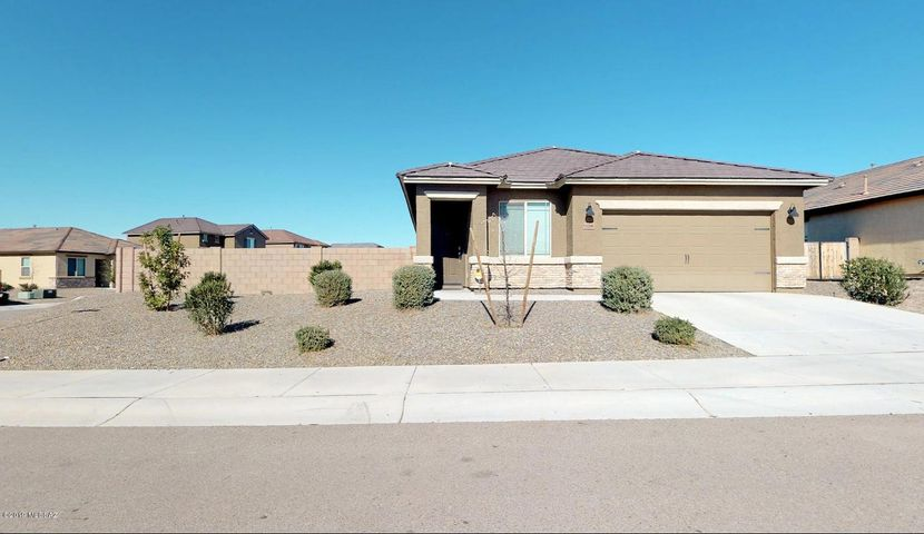 11286 W Folsom Point Drive, Marana, AZ 85658