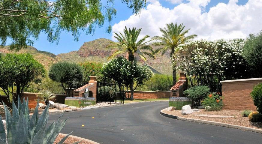 3261 E Wind Song Place, 17, Tucson, AZ 85718