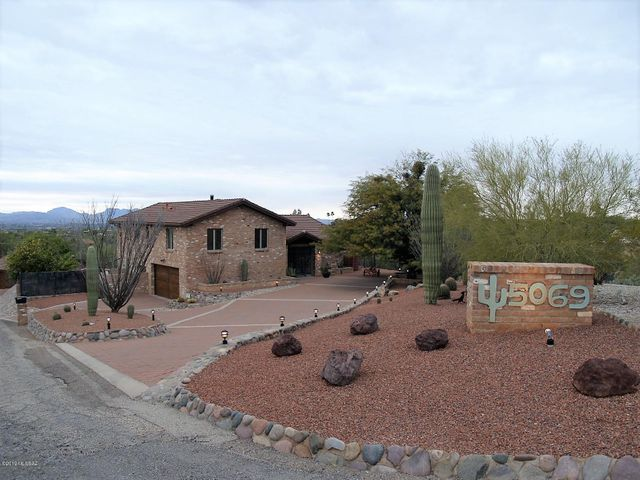 Amazing Catalina Foothills Property on 1.30 acre