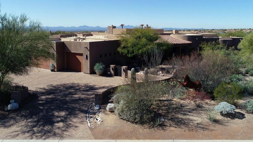 12757 N Sorrel Stallion Place Place, Marana, AZ 85658