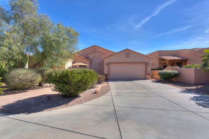 2717 S Greenside Place, Green Valley, AZ 85614