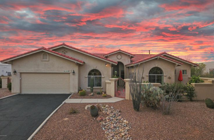 12129 N Tall Grass Drive, Oro Valley, AZ 85755