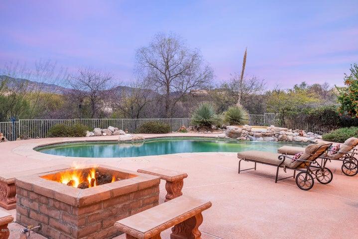 Enjoy the best of AZ outdoor living