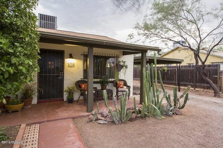 2809 E Waverly Street, Tucson, AZ 85716