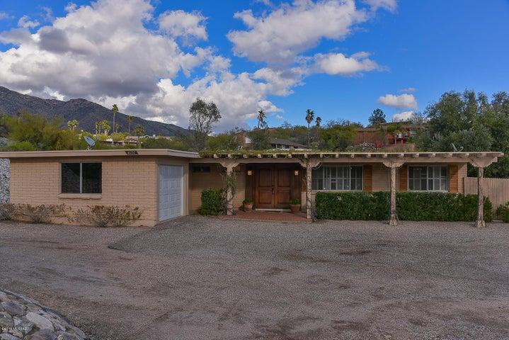 6252 N Camino Almonte, Tucson, AZ 85718