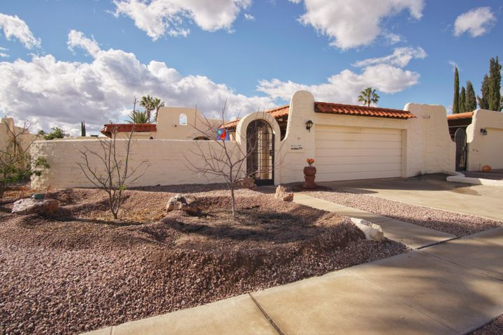 861 W Calle Del Regalo, Green Valley, AZ 85614