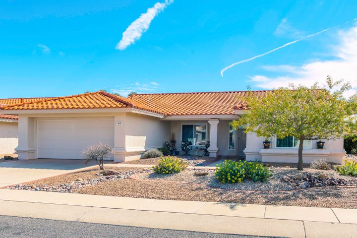 868 E Royal Ridge Drive, Oro Valley, AZ 85755