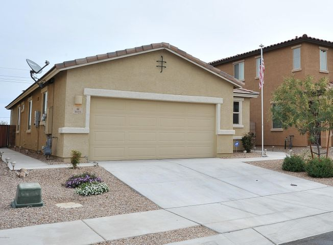 8035 S Dolphin Way, Tucson, AZ 85756