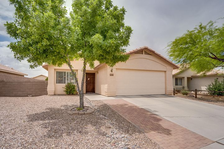 9424 E Marquis Diamond Lane, Tucson, AZ 85747