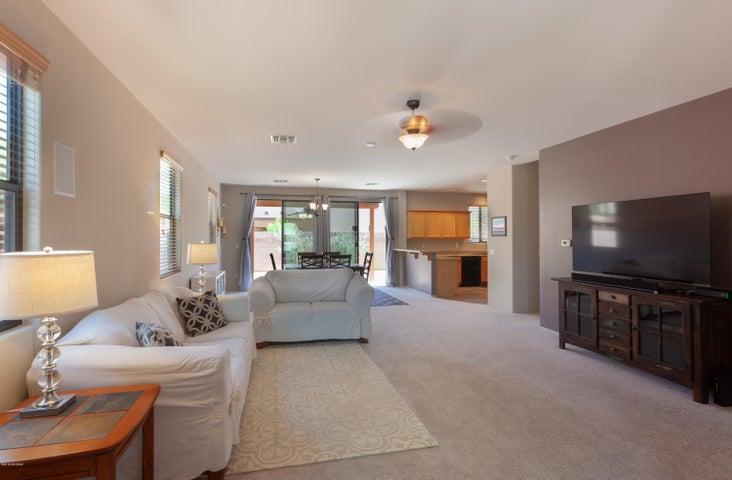1572 N Lee Lofts Lane, Tucson, AZ 85712