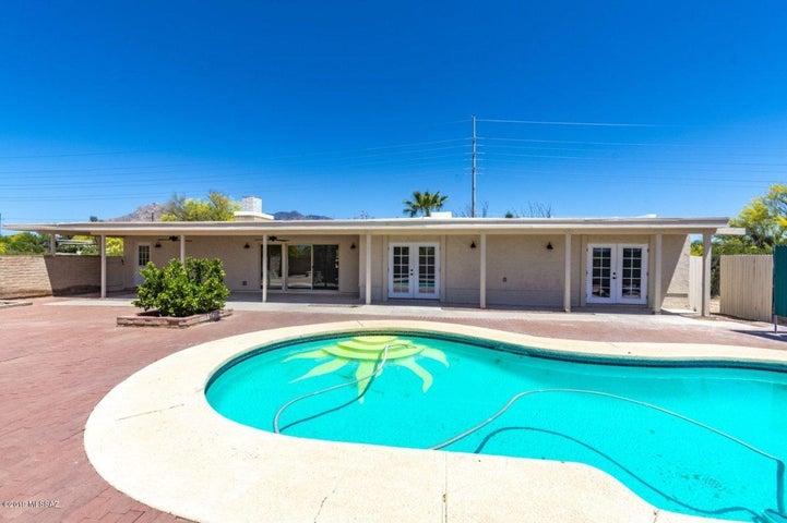6645 N La Cañada Drive, Tucson, AZ 85704