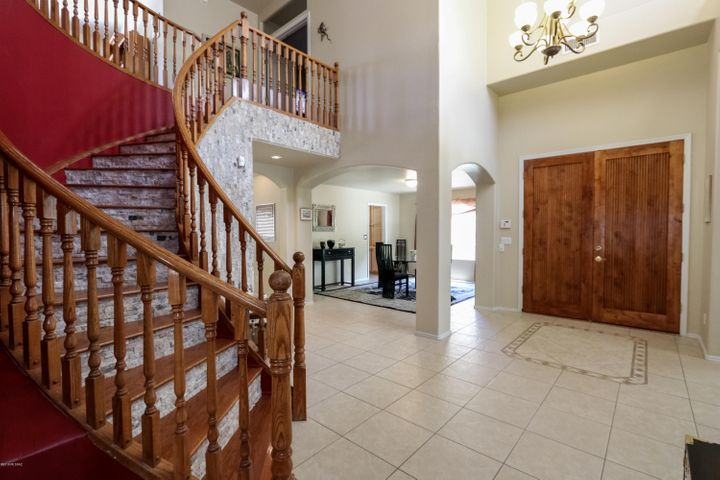 1986 W Silver Rose Place, Oro Valley, AZ 85737