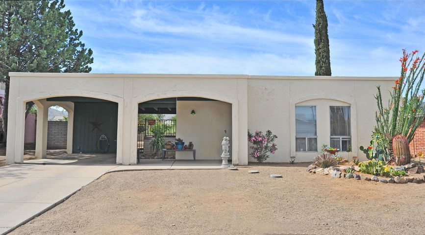 141 W Forrest Feezor Street, Corona de Tucson, AZ 85641