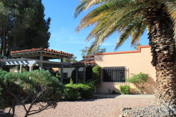 1107 S Calle De Las Casitas, Green Valley, AZ 85614