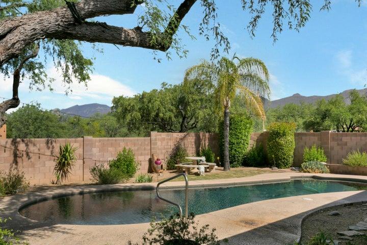 3741 N Hash Knife Circle, Tucson, AZ 85749