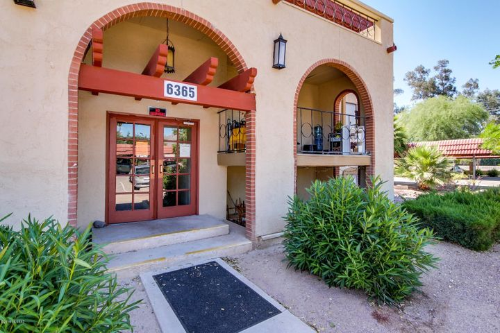 6365 N Barcelona Lane, 415, Tucson, AZ 85704