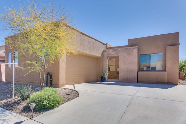 11532 N Moon Ranch Place, Marana, AZ 85658