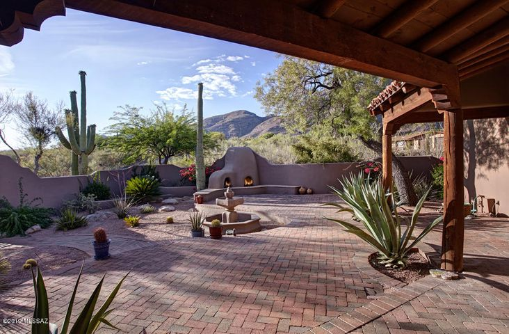 7148 N Cathedral Rock Place, Tucson, AZ 85718