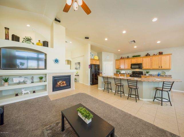 10150 N Tall Cotton Drive, Marana, AZ 85653