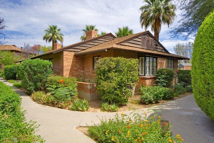 333 S Alvernon Way, 52, Tucson, AZ 85711