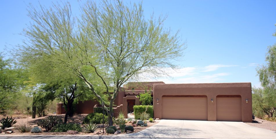 2425 W Crow Wash Place, Oro Valley, AZ 85742