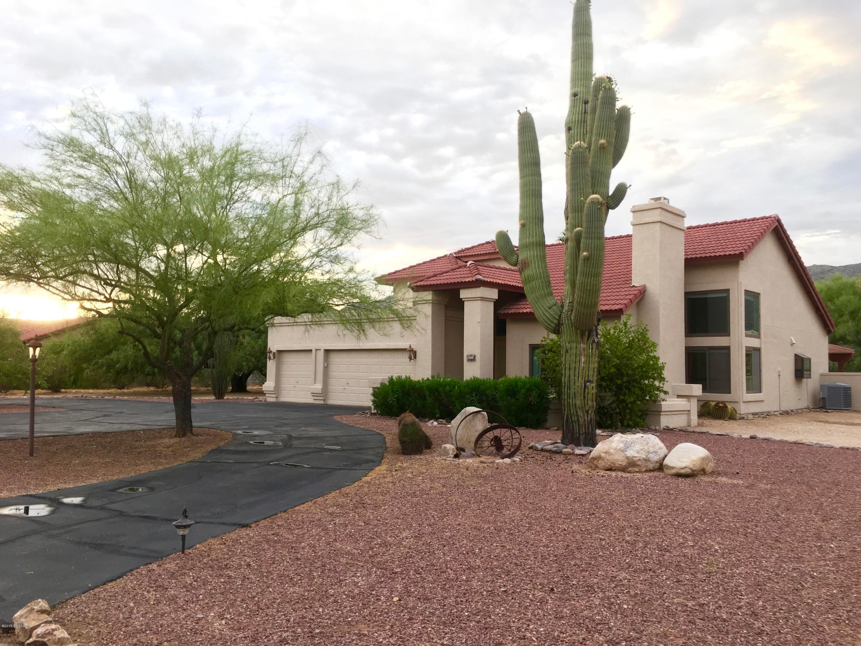 11031 E Camino Miramonte, Tucson, AZ 85749