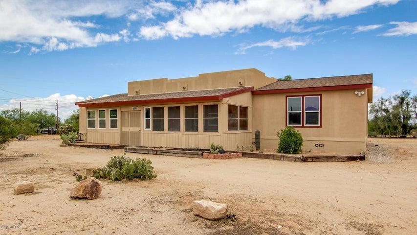 12020 W Camper Road, Tucson, AZ 85743