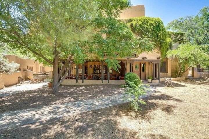 8740 E Summer Trail, Tucson, AZ 85749