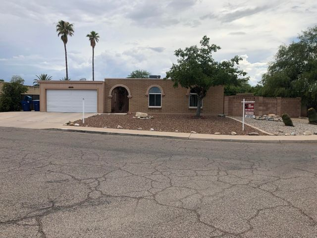 7534 E Juarez Street, Tucson, AZ 85710