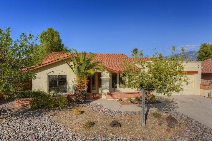 14510 N Crown Point Drive, Oro Valley, AZ 85755