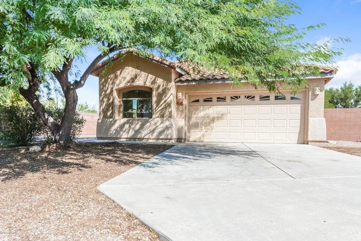 8930 S Beechnut Lane, Tucson, AZ 85756