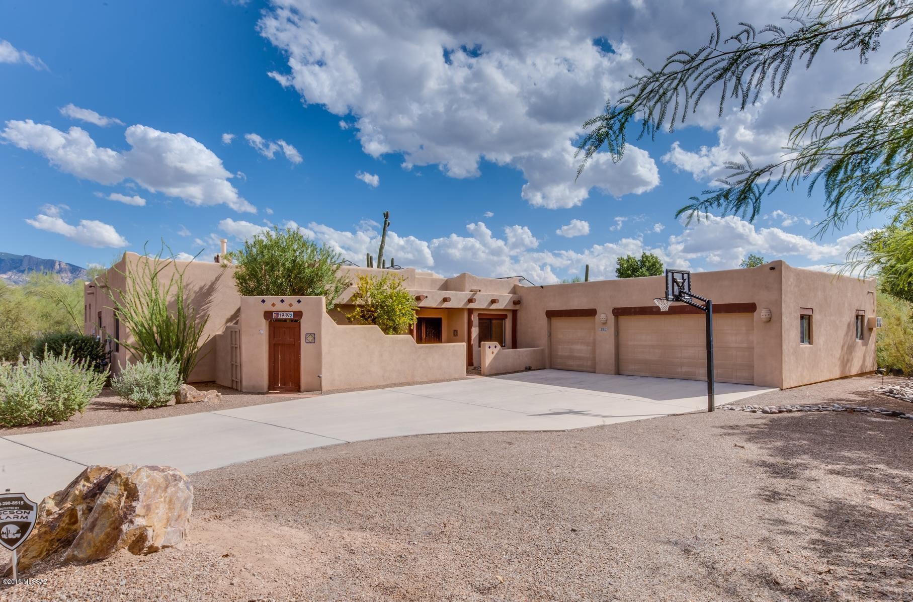 1989 W Brianna Place, Oro Valley, AZ 85737
