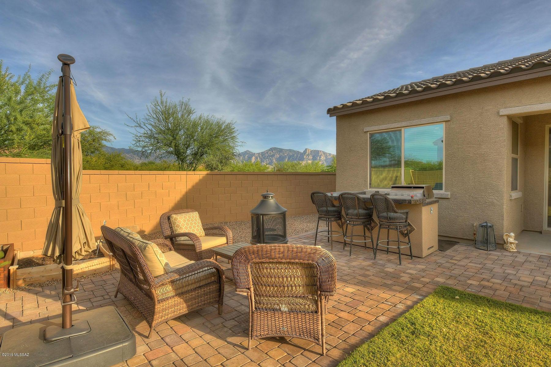 13392 N Flaxleaf Place, Tucson, AZ 85755