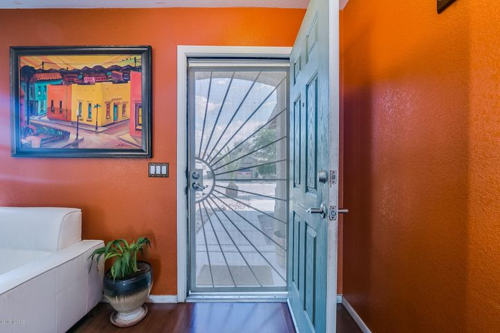 1432 W Eudora Place, Tucson, AZ 85746