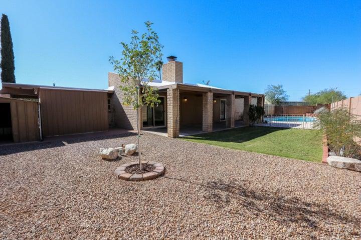 9019 E Berkshire Place, Tucson, AZ 85710