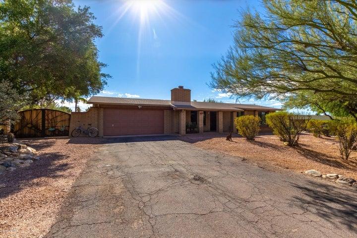 6718 N Quartzite Canyon Place, Tucson, AZ 85718