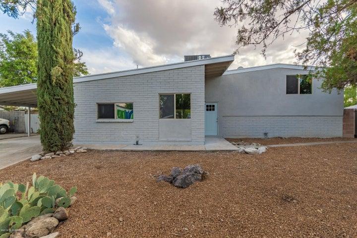 9312 E Calle Kuehn, Tucson, AZ 85715