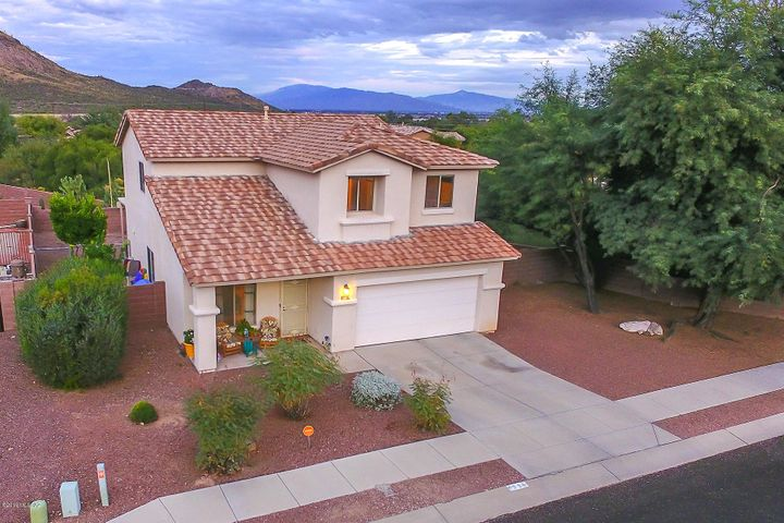 1335 Star Shadow Drive, Tucson, AZ 85713