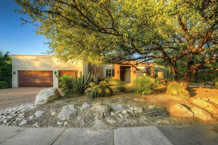 7211 E Desert Moon Loop, Tucson, AZ 85750