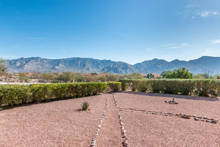14148 N Trade Winds Way, Oro Valley, AZ 85755