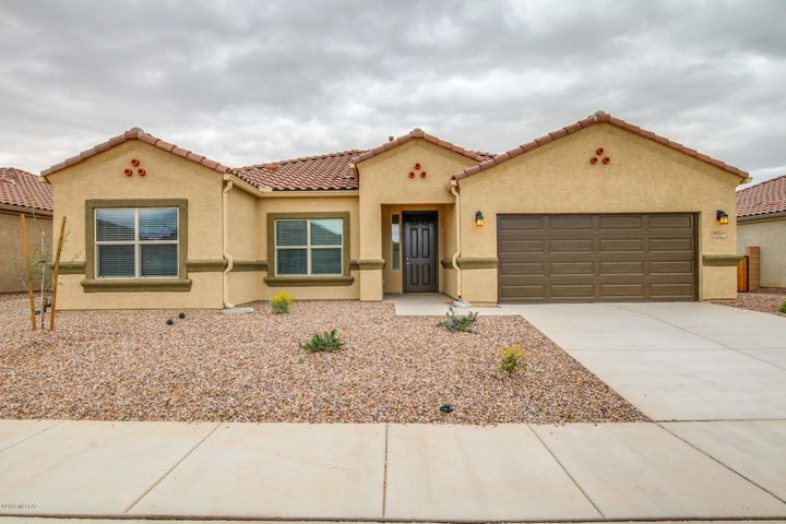 Photos are of Thomas spec home. Interior packages and exterior elevation and color may vary.
