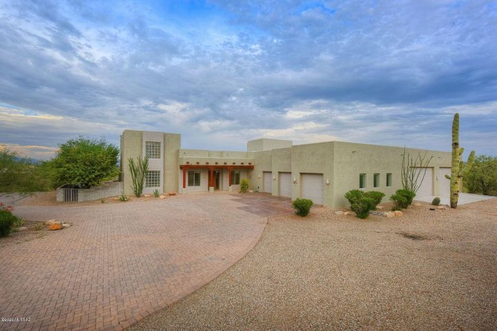 2781 W Desert Shadows Place, Tucson, AZ 85745