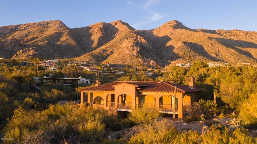 5238 E Mission Hill Drive, Tucson, AZ 85718