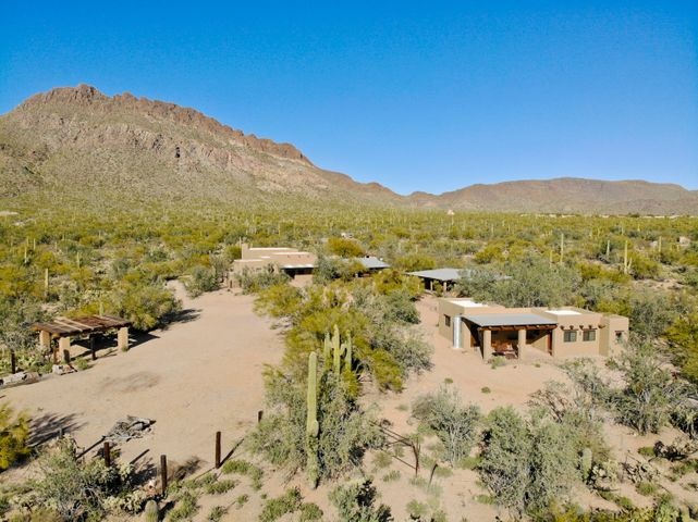 Backing up to the Tucson Mountain Park and situated on 8 acres provides tremendous privacy.