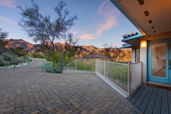 6340 E Valle Di Cadore, Tucson, AZ 85750