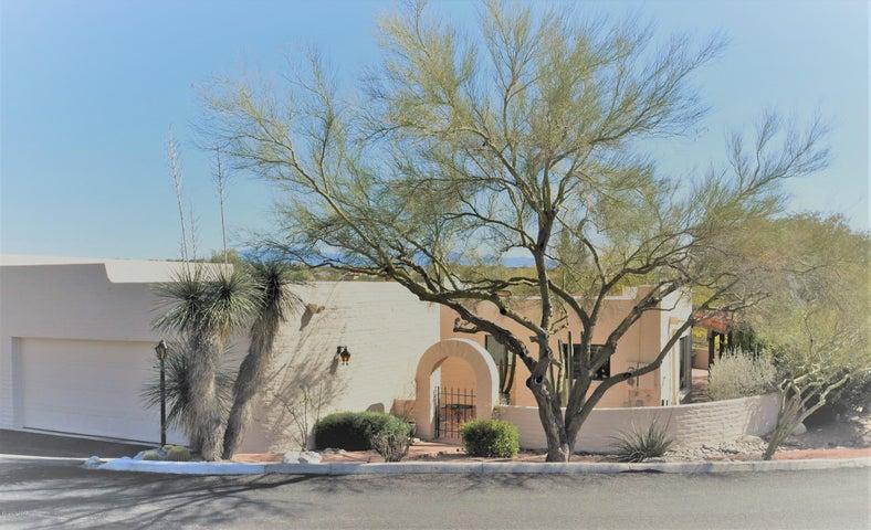 5000 N Camino Del Lazo, Tucson, AZ 85750