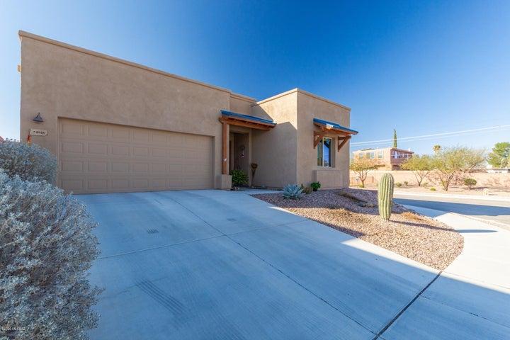 8948 E Wright School Loop, Tucson, AZ 85715